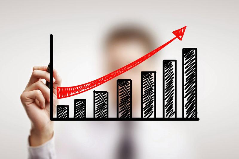 В нынешнем 2017  вбюджет столицы  поступило неменее  400 млрд руб.
